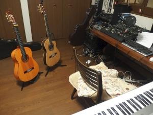 今回の録音に使ったギター2台